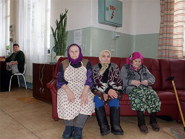 Не берут в дом престарелых автономная канализация для частного дома москва