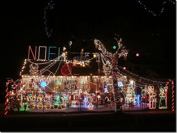 dick-norton-christmas-decorations
