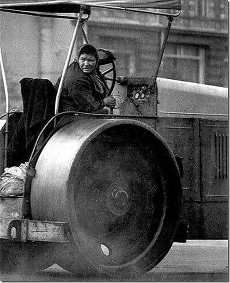 женщина советская